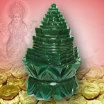 Green Jade Shree Yantra on Lotus - 664 gms