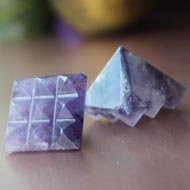 Multi Pyramid in Amethyst - Set of 2