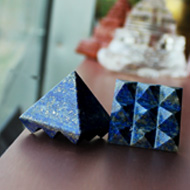 Multi Pyramid in Natural (Lapis Lazuli) - set of 2