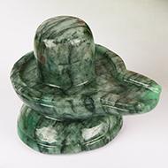 Shivlinga in Emerald - 182 carats