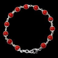 Coral Bracelet in pure silver flower caps