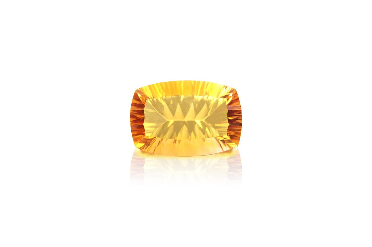 Yellow Citrine Superfine Cutting - 17.55 carats - Cushion