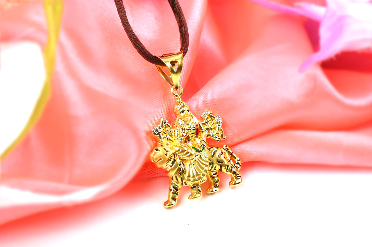 Durga pendant in pure gold 425 gms rudraksha ratna durga pendant in pure gold 425 gms mozeypictures Image collections