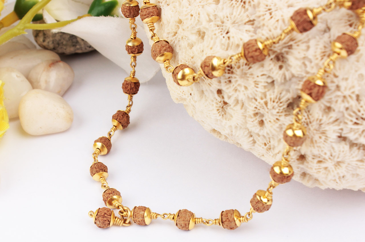 5mm chikna beads mala in Pure gold caps