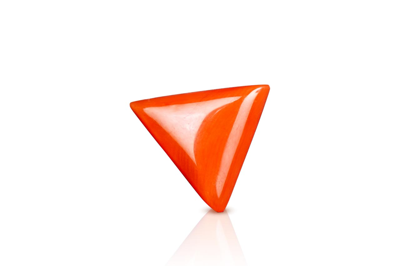 Italian Coral triangular- 4.50 carats