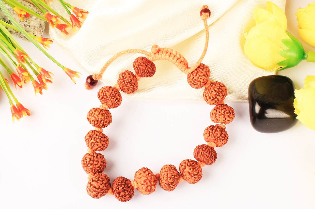 8 mukhi Ganesha Bracelet in thread- Java