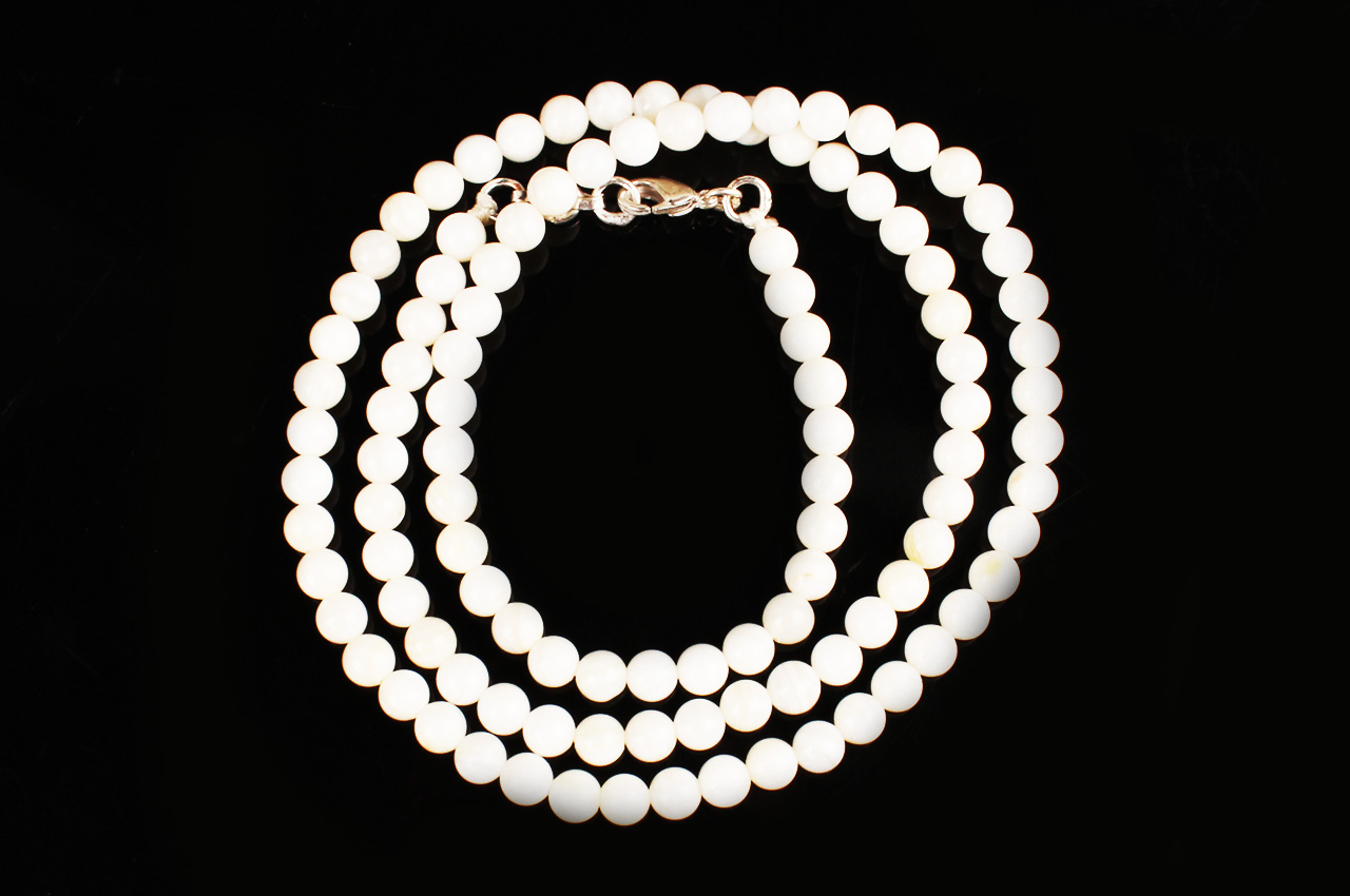 Mother of Pearl round - 6 mm