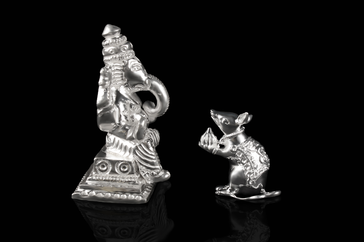 Ganeshji with Mouse in Pure Silver