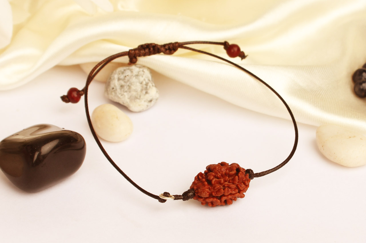 Rare Two Mukhi Bracelet from Nepal in thread - Small - XX