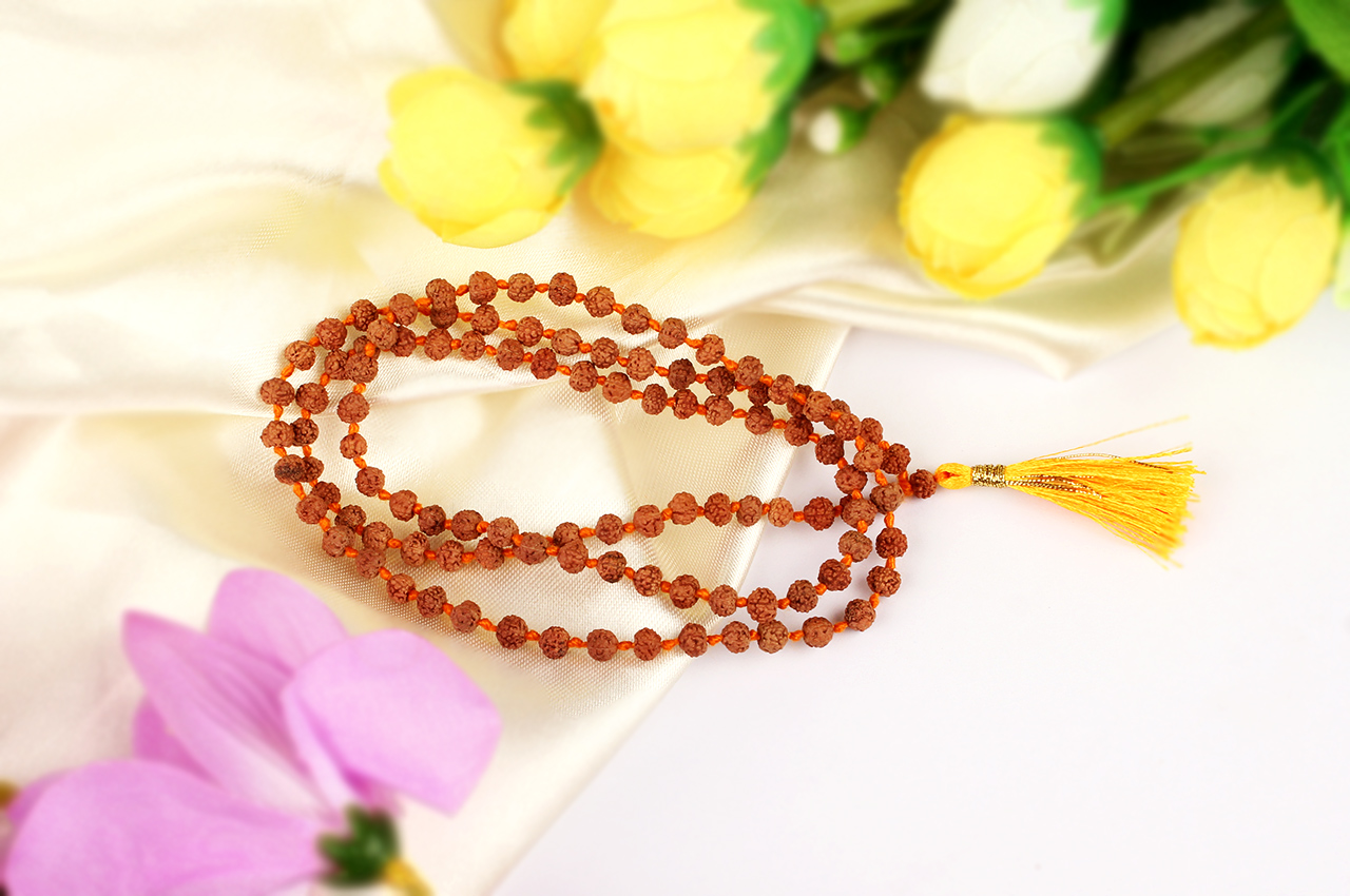 Rudraksha mala in thread - 4mm