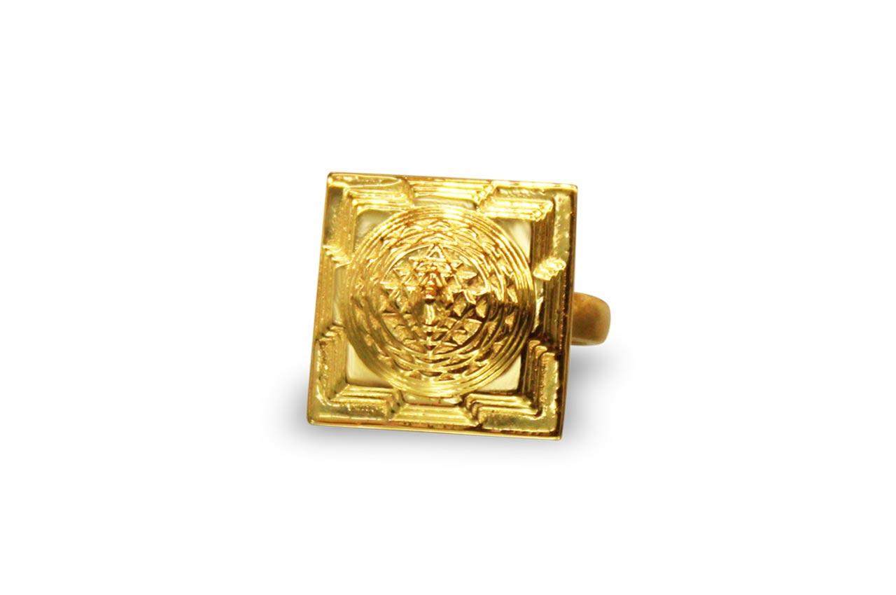 Shree Yantra Meru Ring in Gold