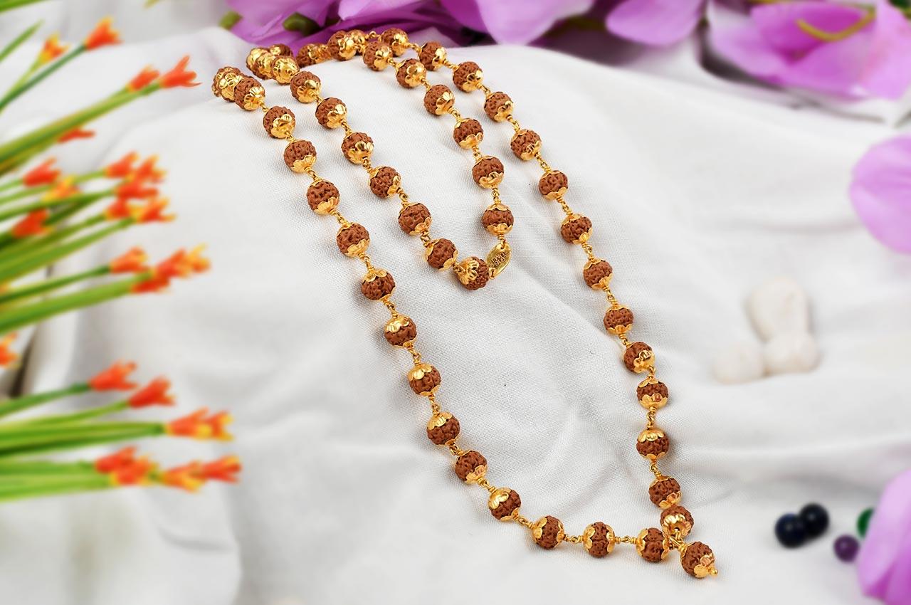 Rudraksha Chikna Mala 8 mm in designer Gold flower caps