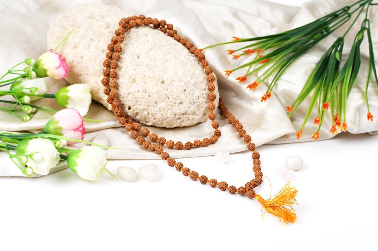 Rudraksha mala in thread - 7mm