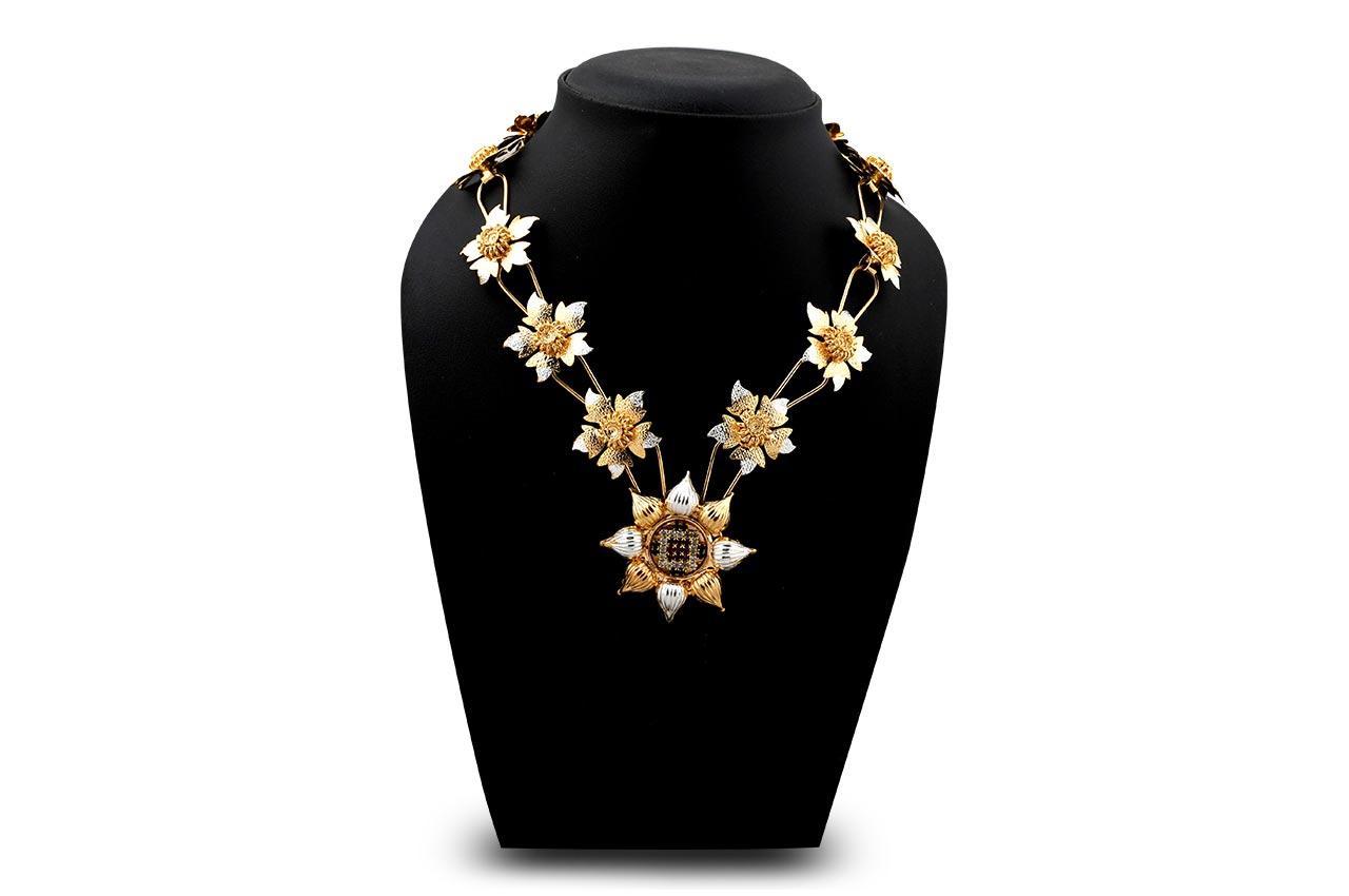 Daffodil designer mala in silver