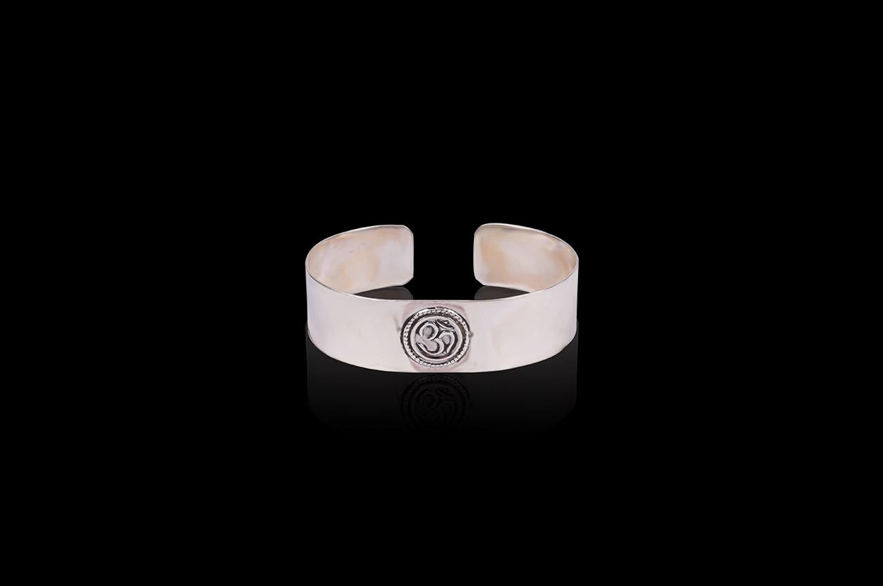 Om Kada in pure silver - Design I