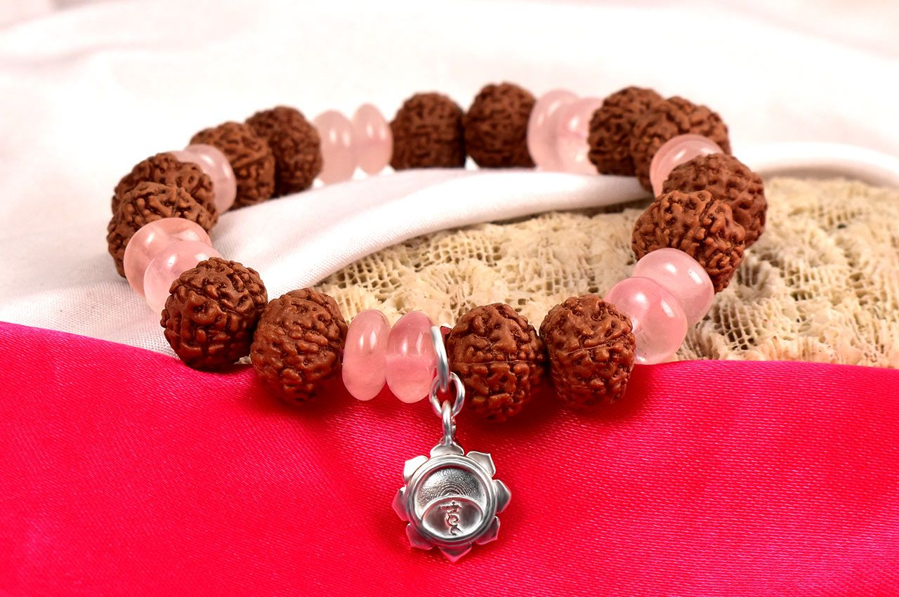 7 mukhi Rudraksha and Rose Quartz Bracelet - V (Sacred Heart)