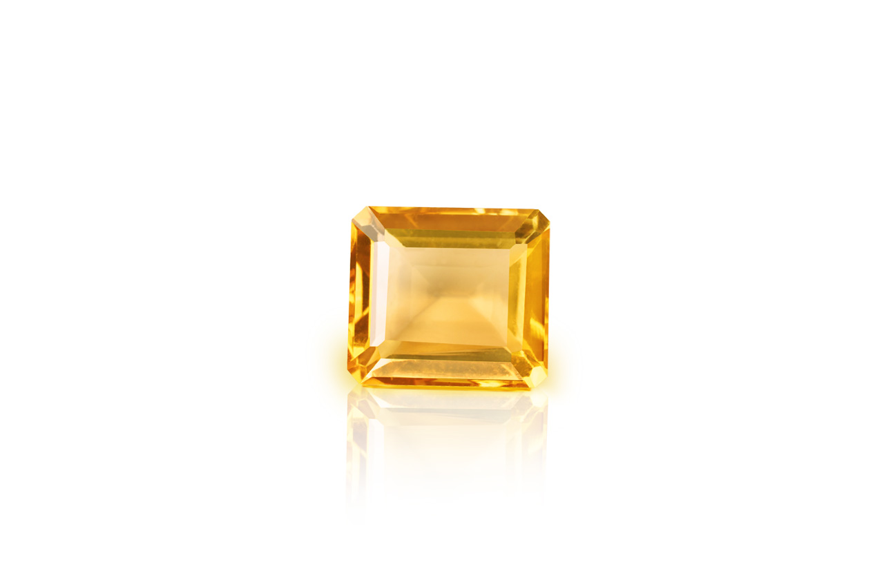 Yellow Citrine - 6.25 carats - Emerald