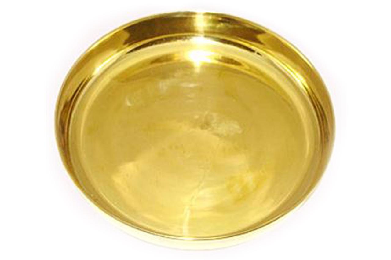 Shining brass plate