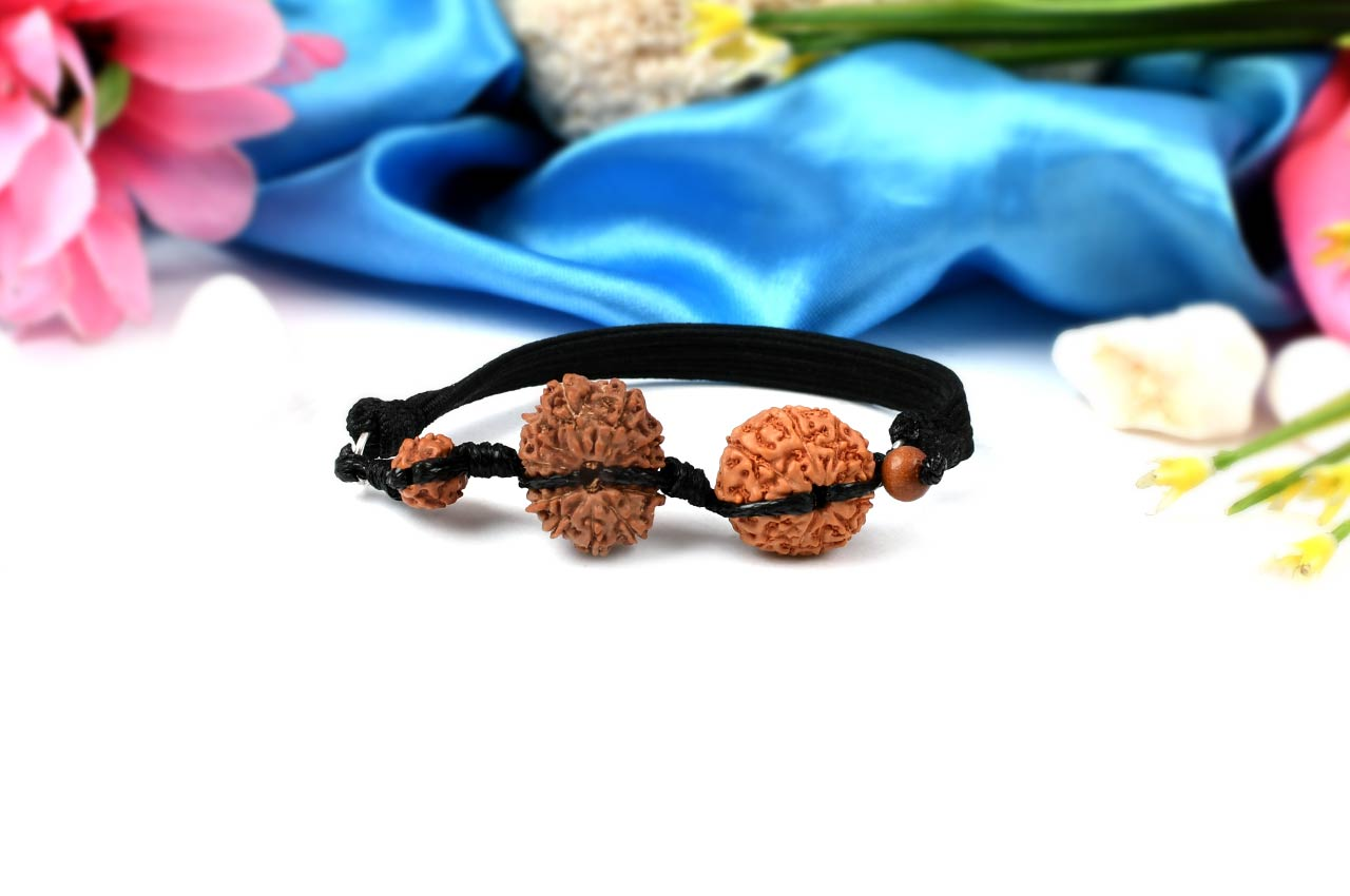 Courage Bracelet-J in thread