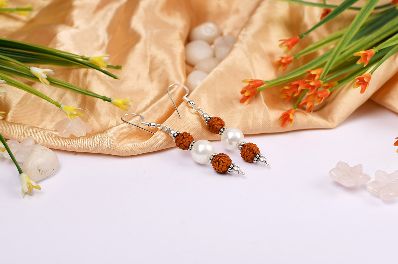 Rudraksha and Pearl earring