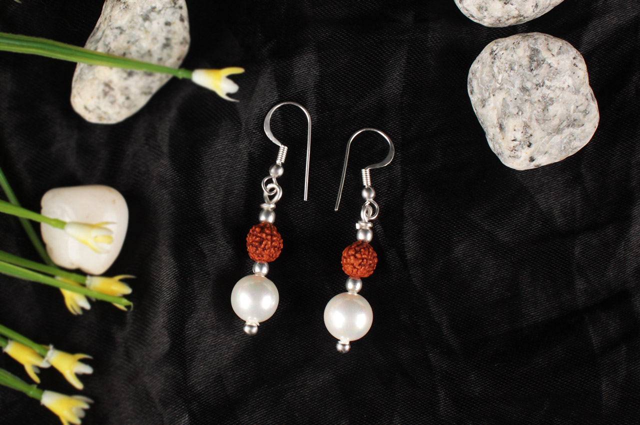 Rudraksha and Pearl Earring set