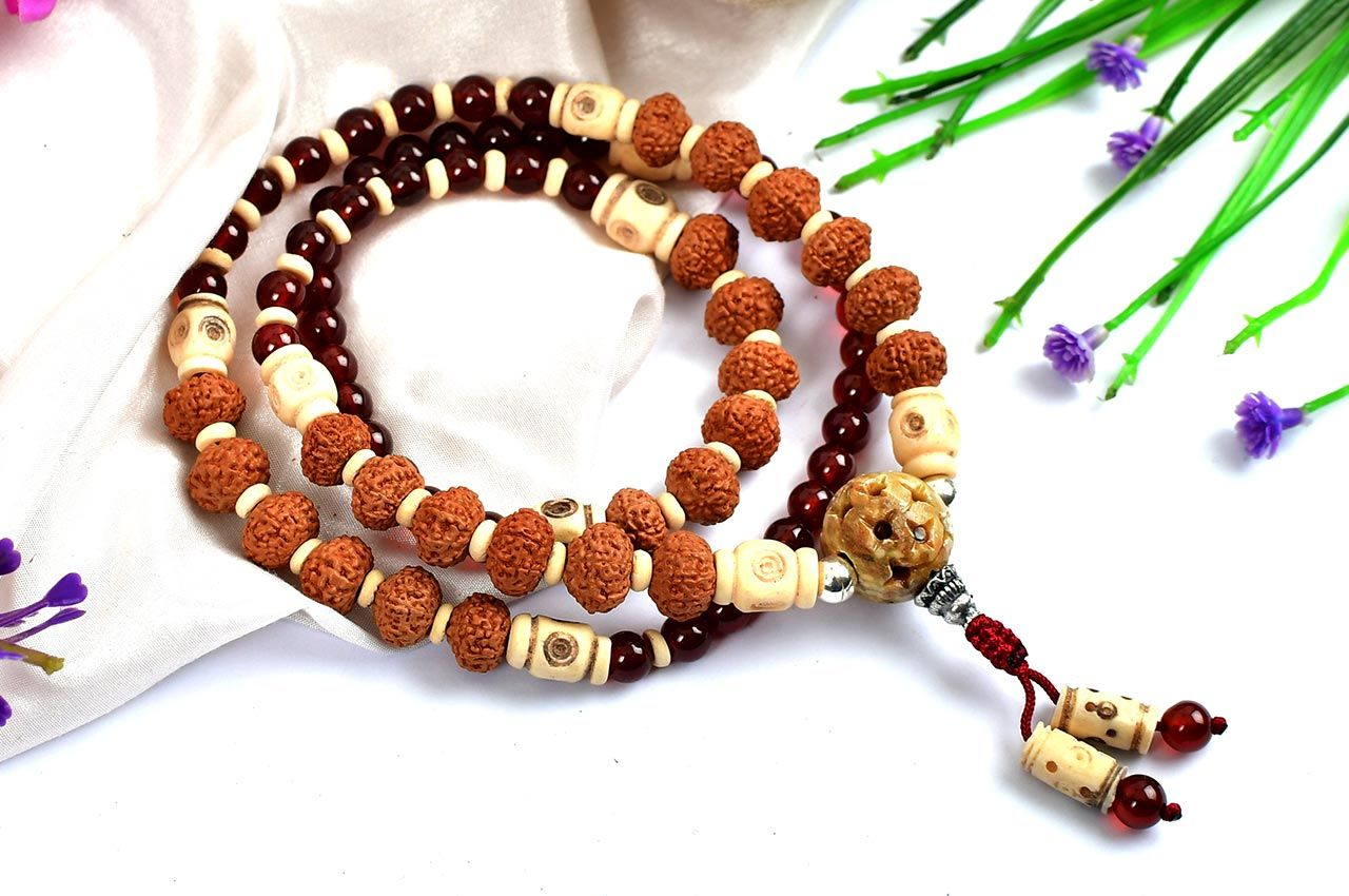 9 Mukhi Rudraksha and Gomed Mala (Crown)
