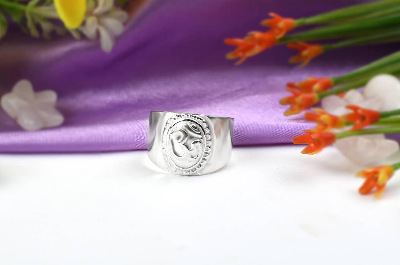 Om Ring - Design IV