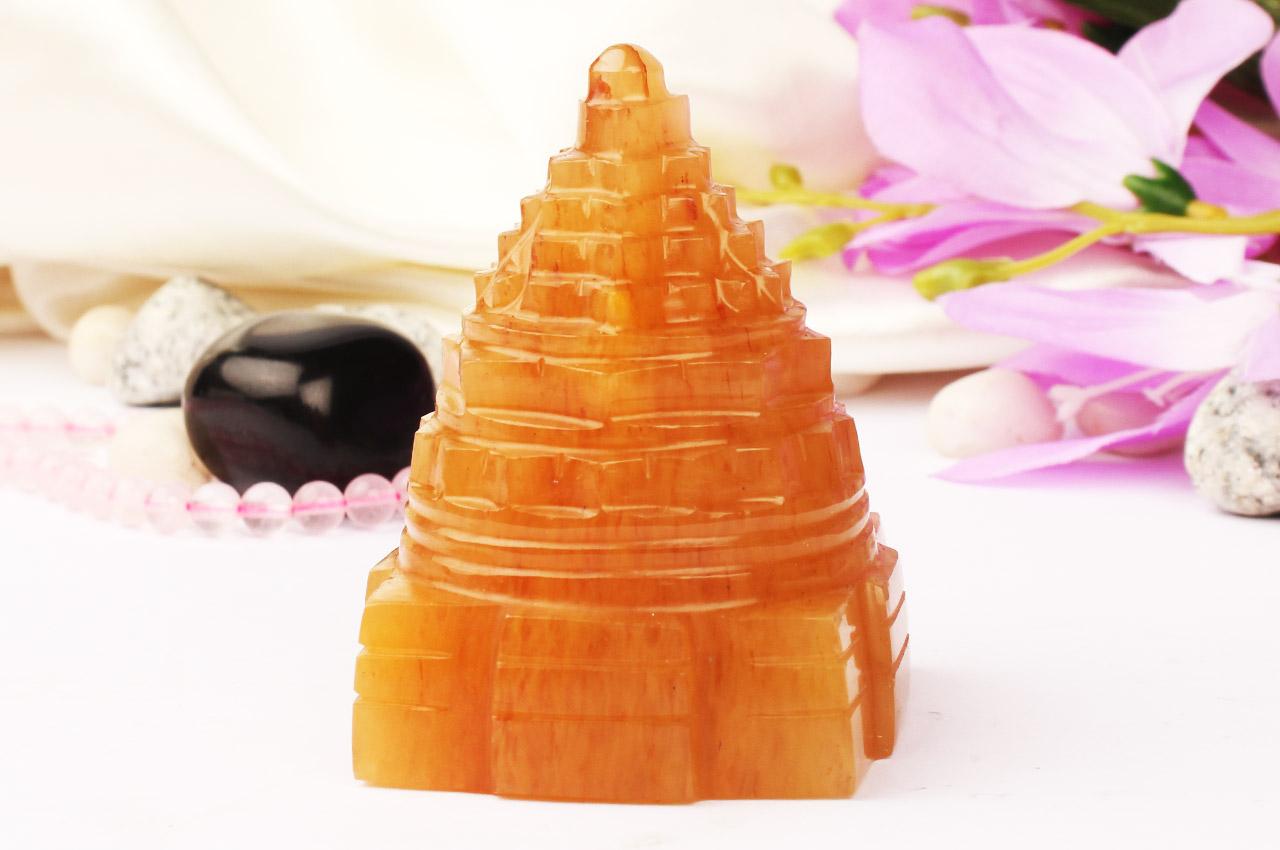 Yellow Jade Shree Yantra - 202 gms