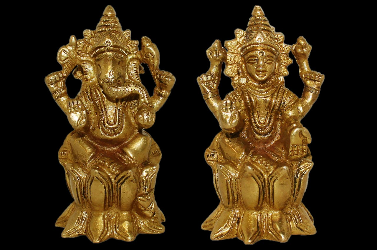 Lakshmi Ganesh on Lotus - I