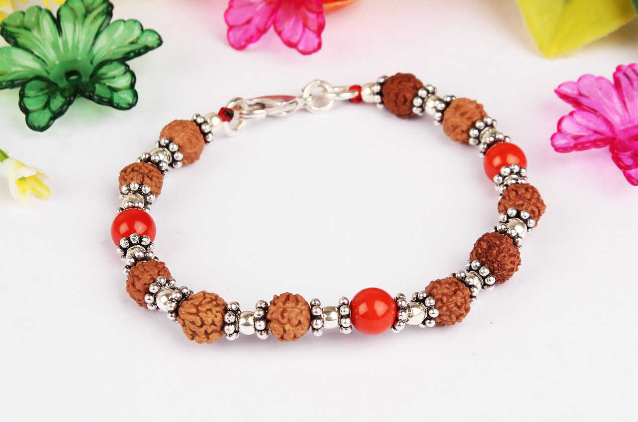 6 mukhi Java Bracelet with Coral in silver chakri