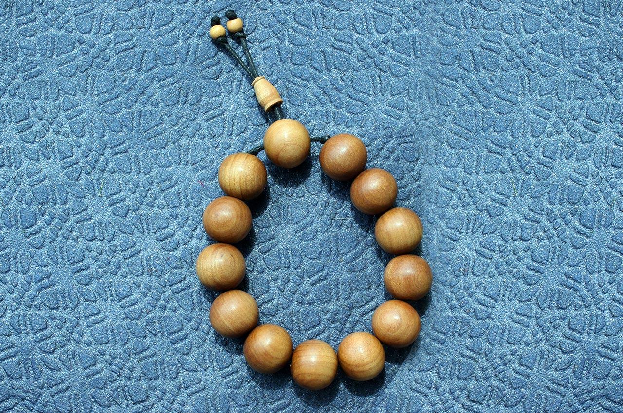 Sandalwood Bracelet - Design I