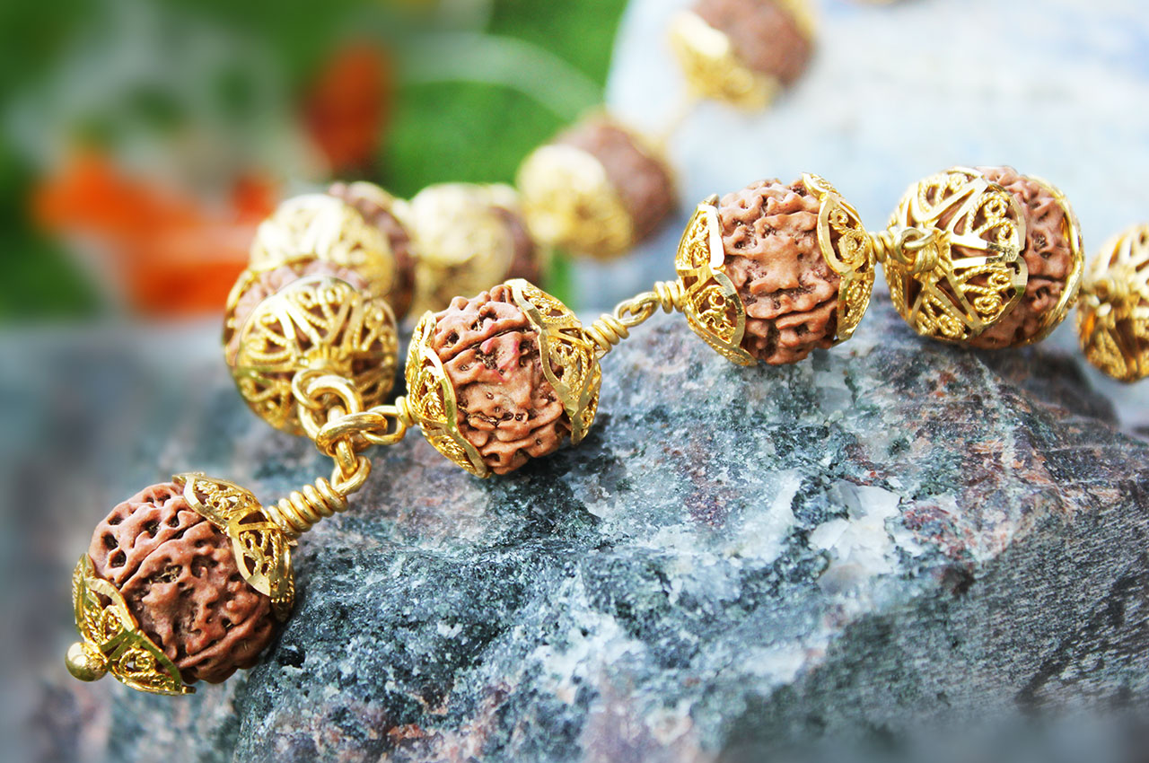 Guru mala in Gold designer caps