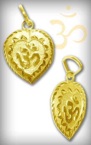 Om Locket in Pure Gold - Design IV