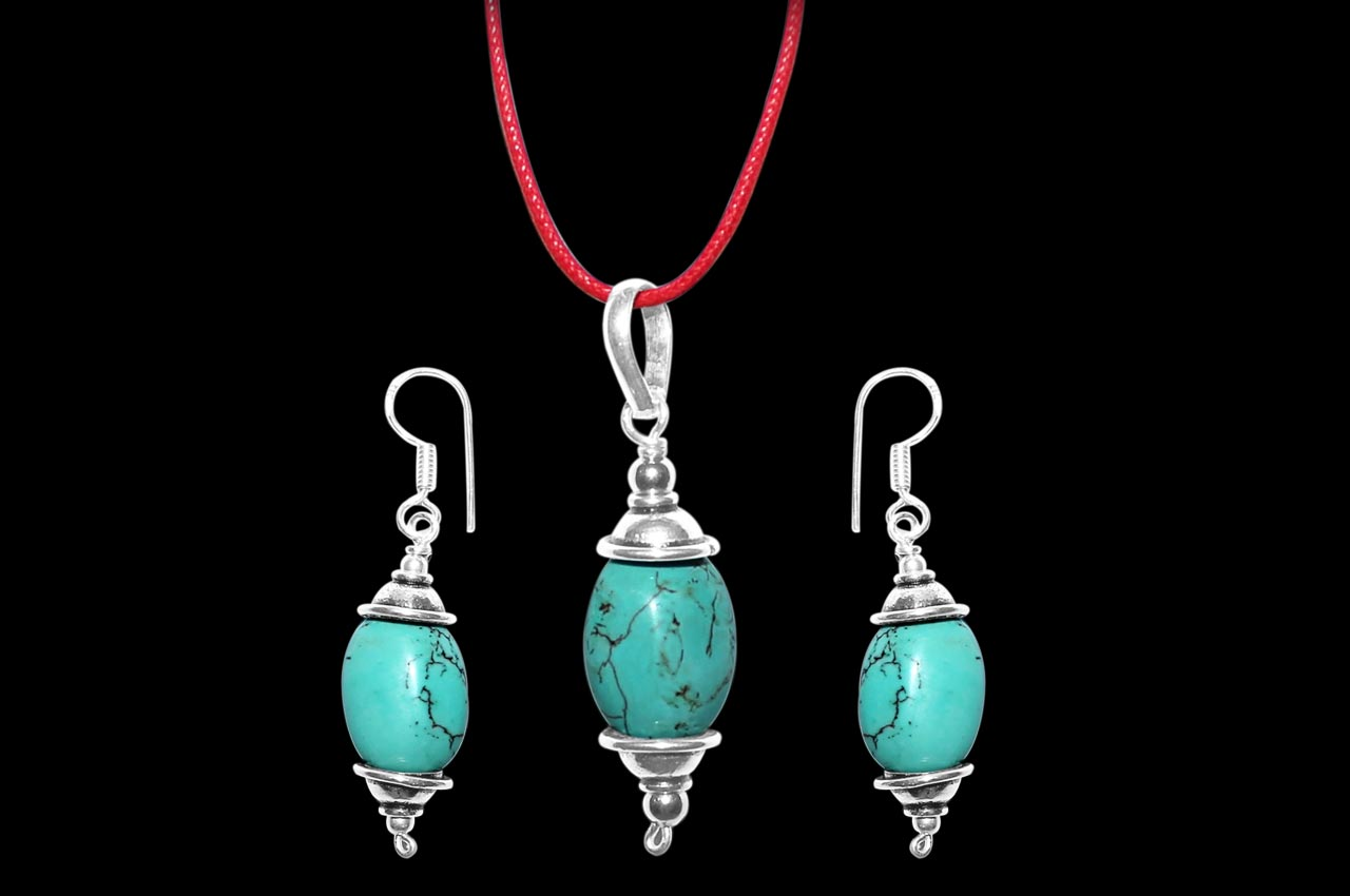 Turquoise Pendant and Earring Set