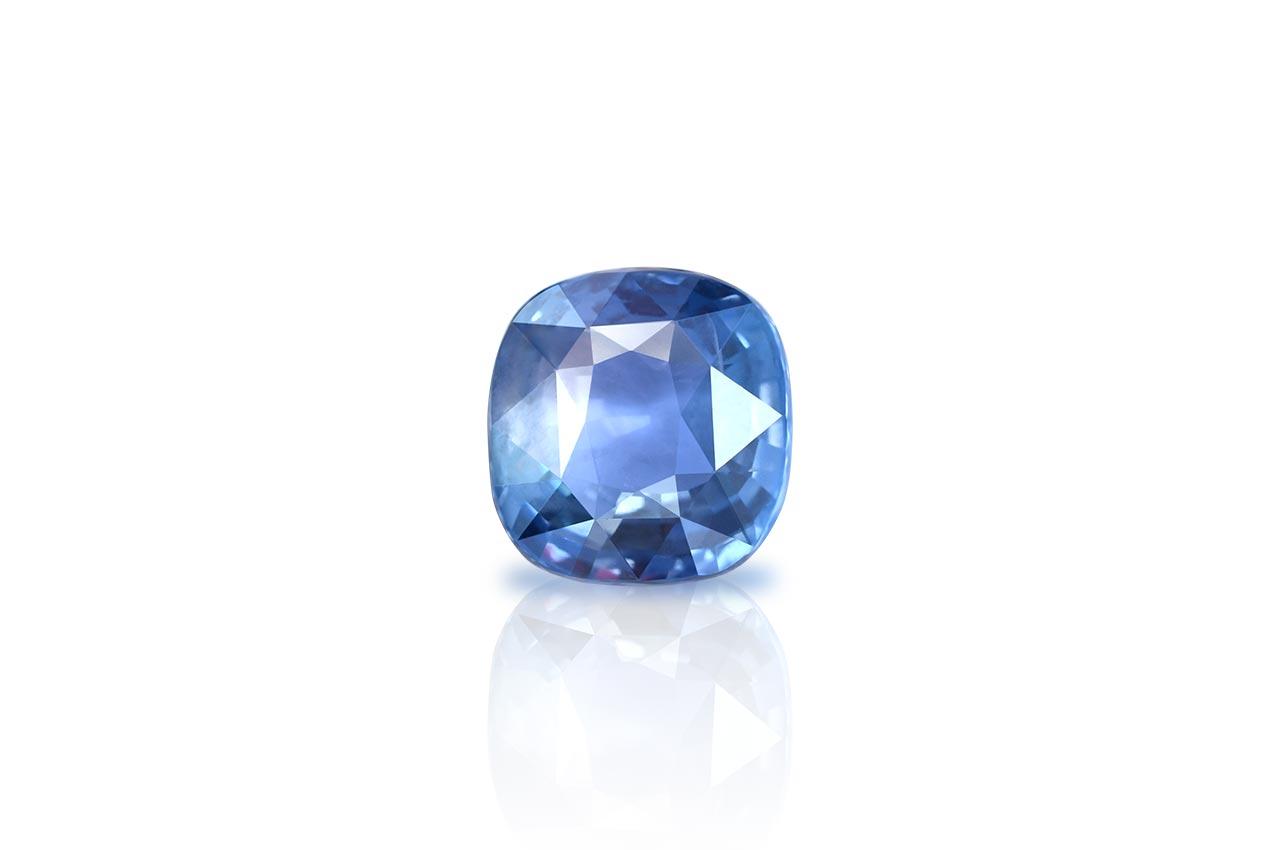 Blue Sapphire - 5.57 carats