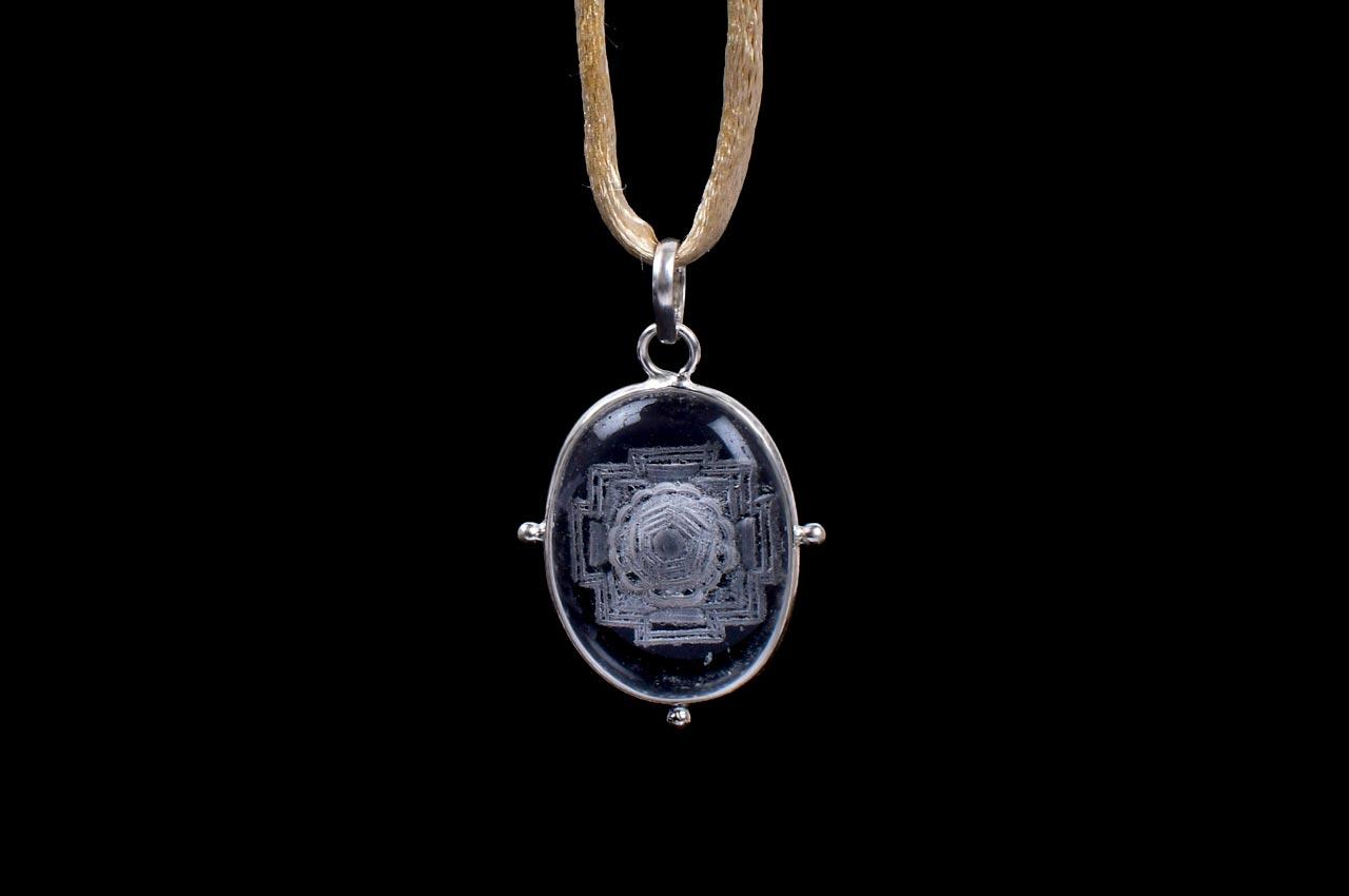 Shree Yantra Locket in Sphatik Crystal with Etched Yantra