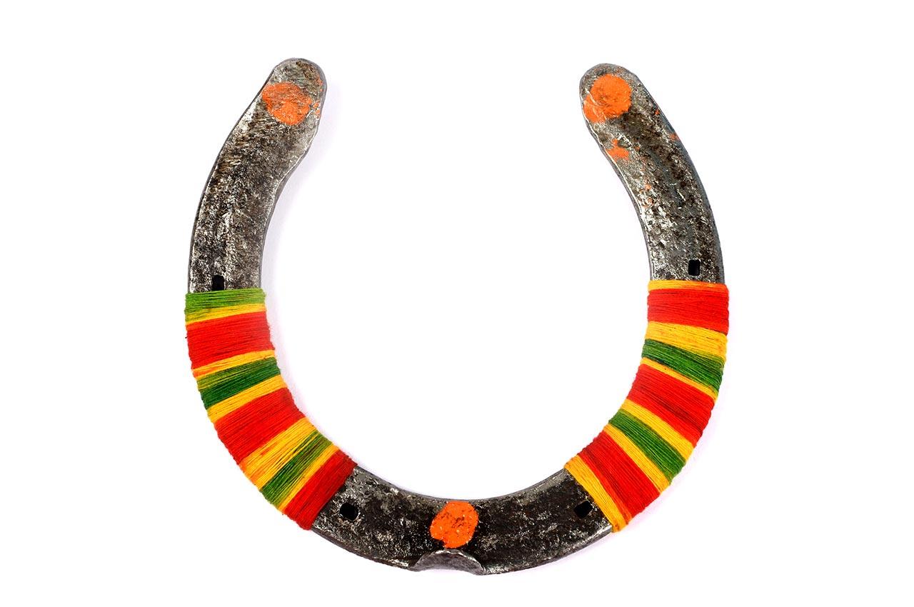 Black Horse Shoe