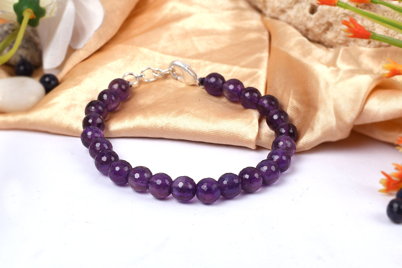 Amethyst faceted bead Bracelet - 8mm