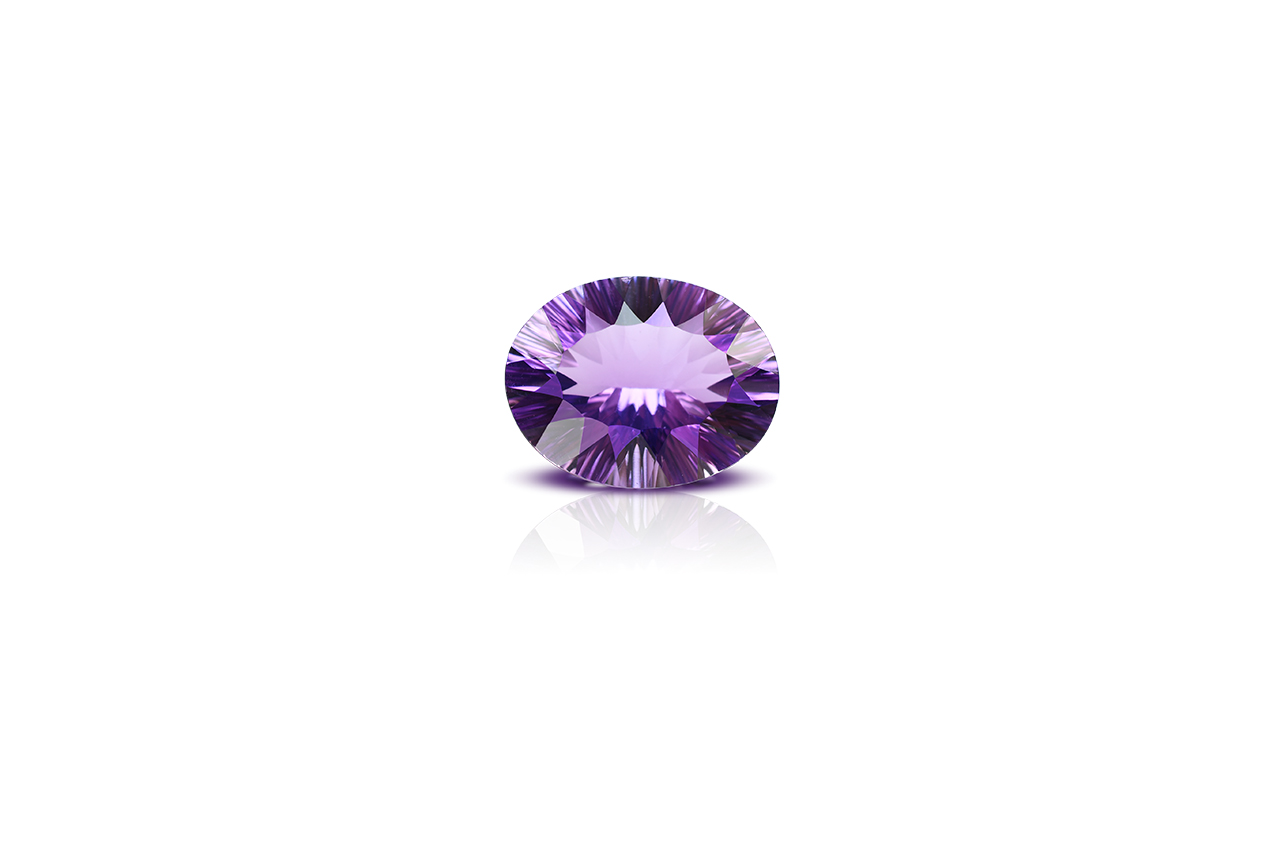 Amethyst superfine cutting- 5 to 6 carats - Oval