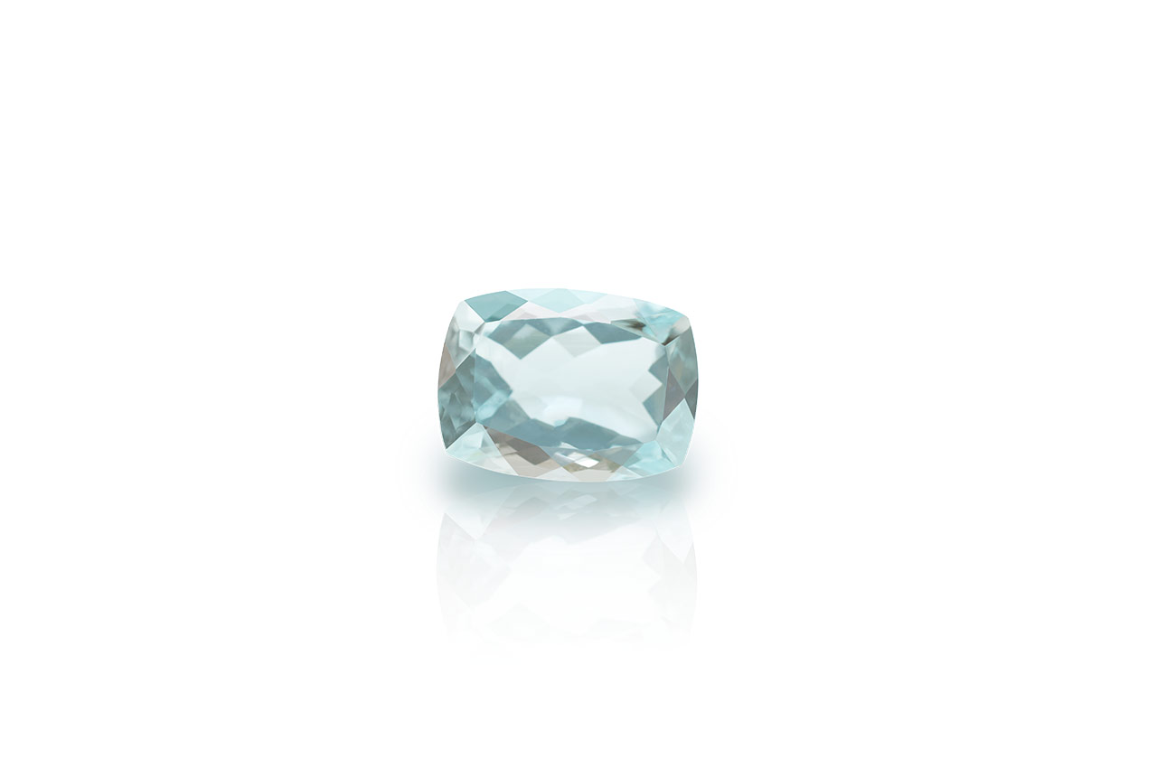 Aquamarine - 3 to 4 Carats