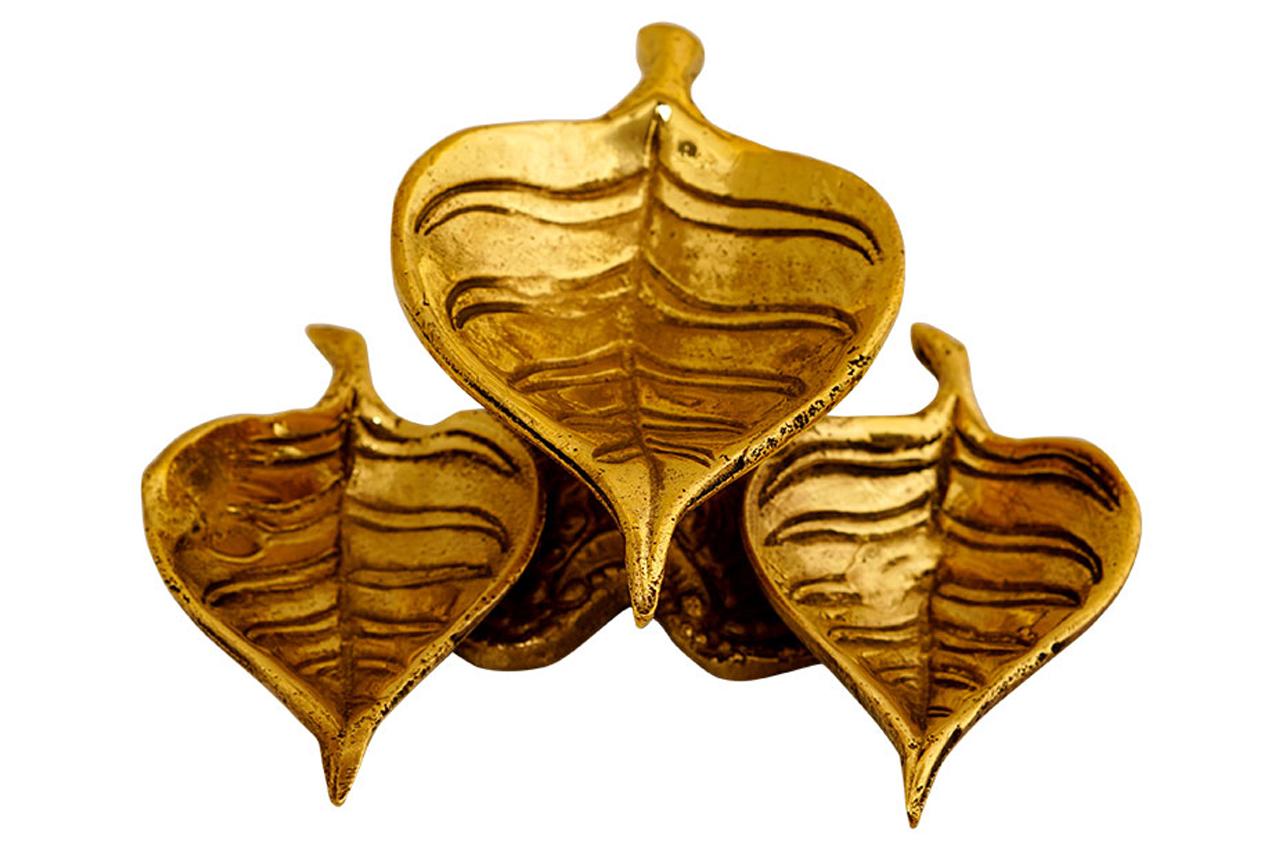 Asvatha Diya - Oil Lamp