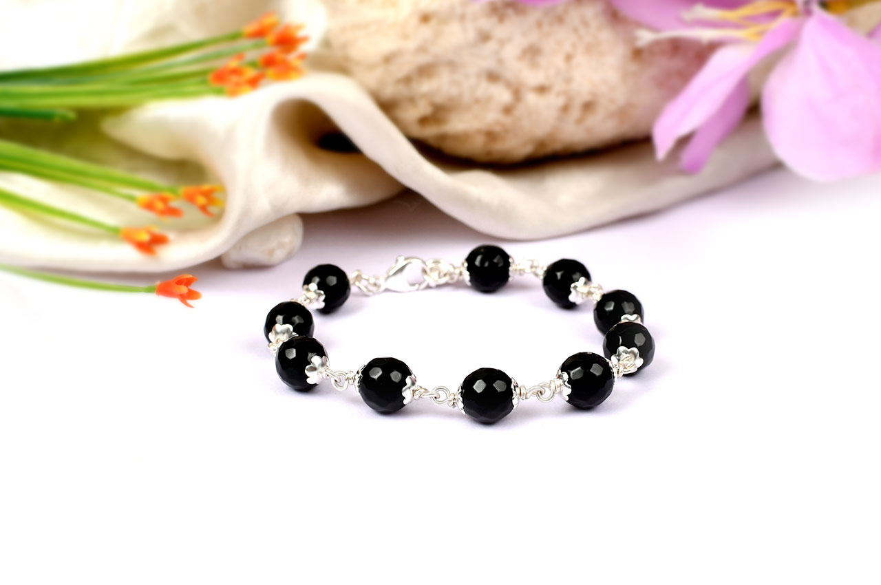 Black agate faceted bracelet in pure silver flower caps - 10mm