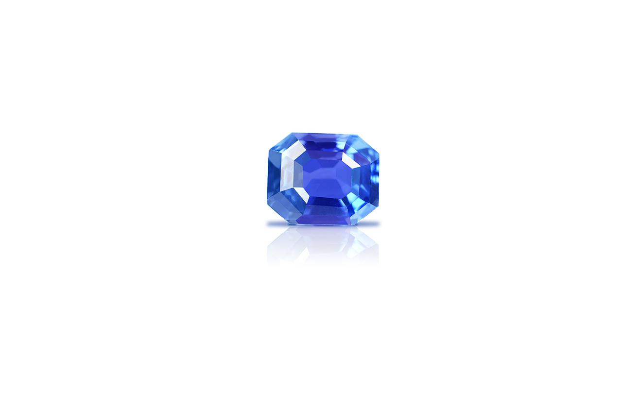 Blue Sapphire - 3.62 carats - I