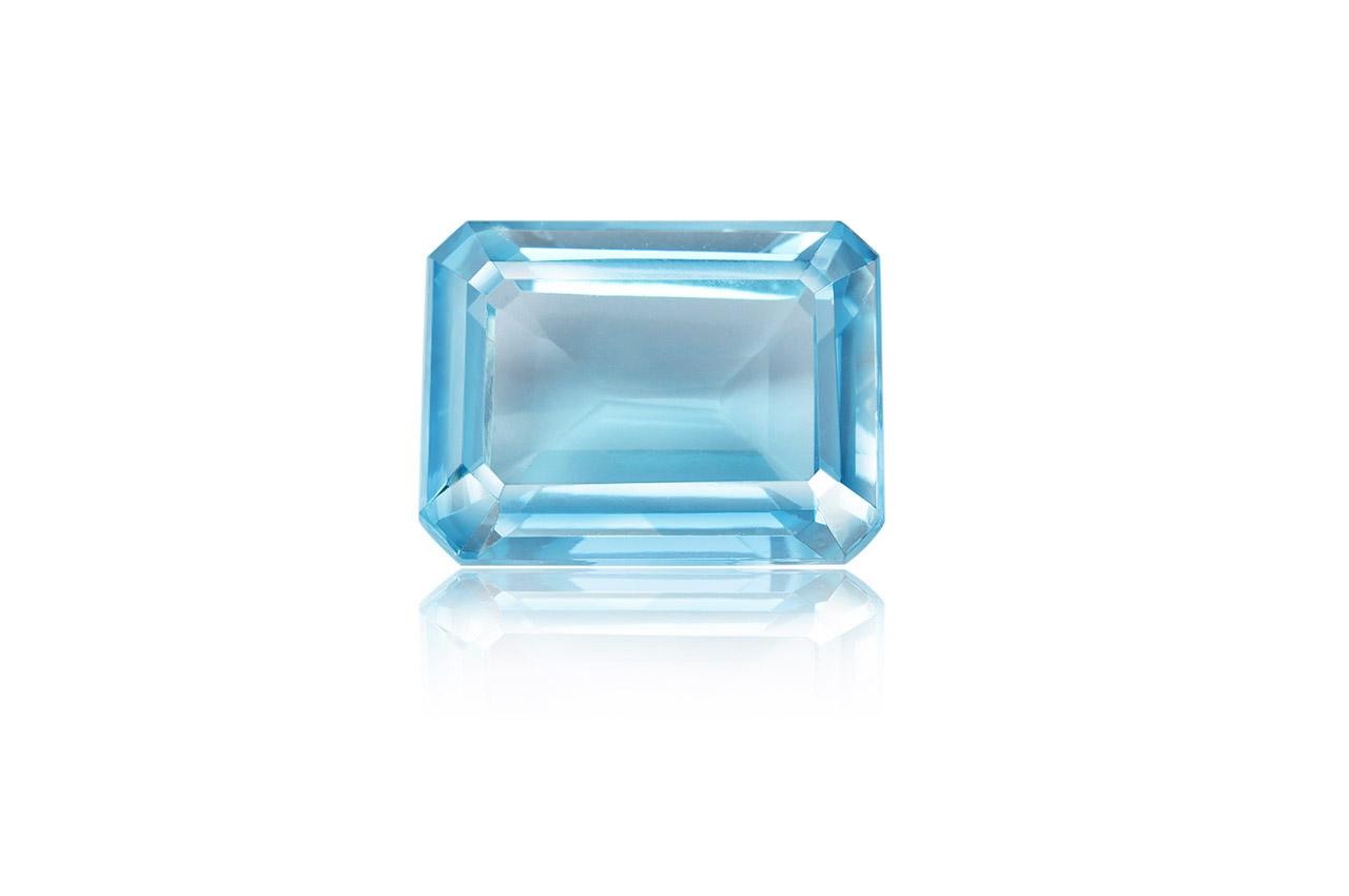 Blue Topaz - 14.90 carats