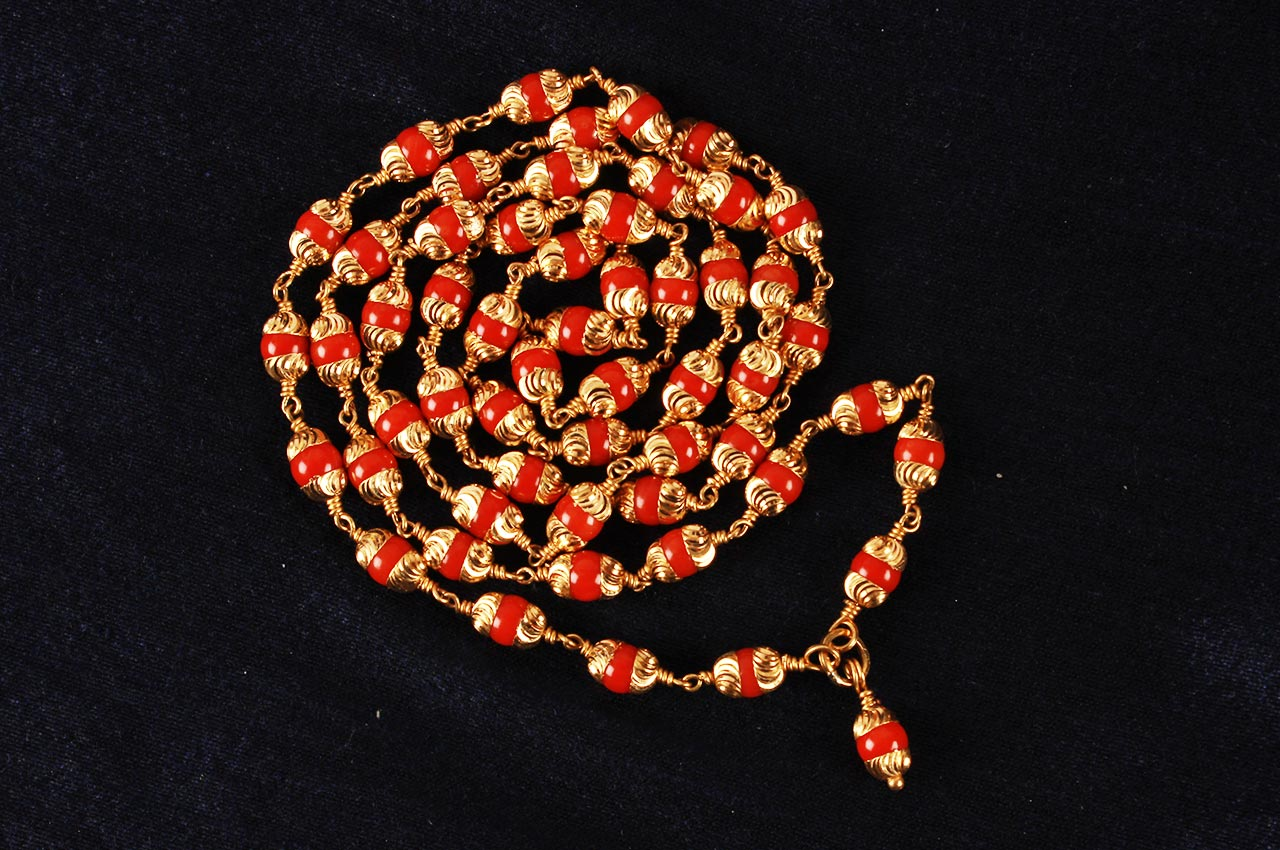 Coral Mala in gold with selfdesigned cap