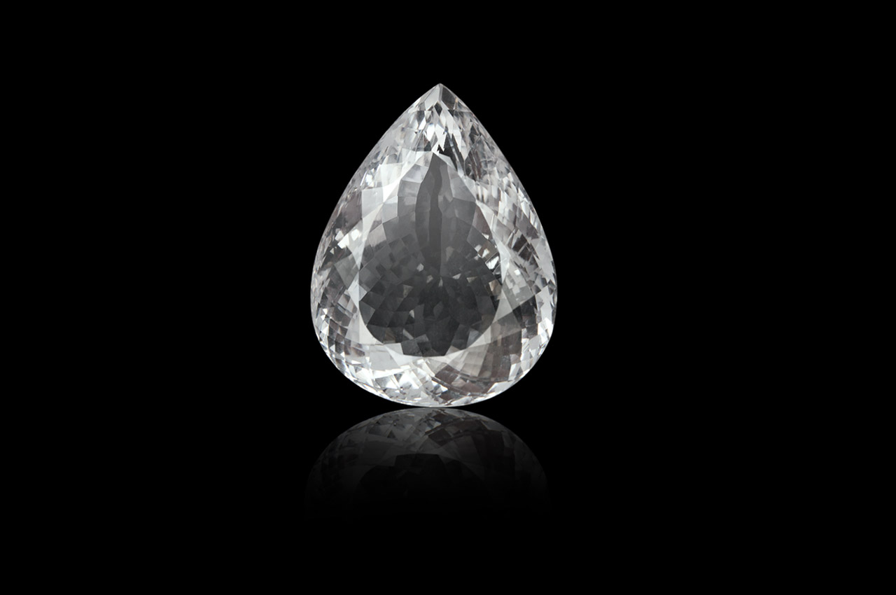 Crystal - 135 carats