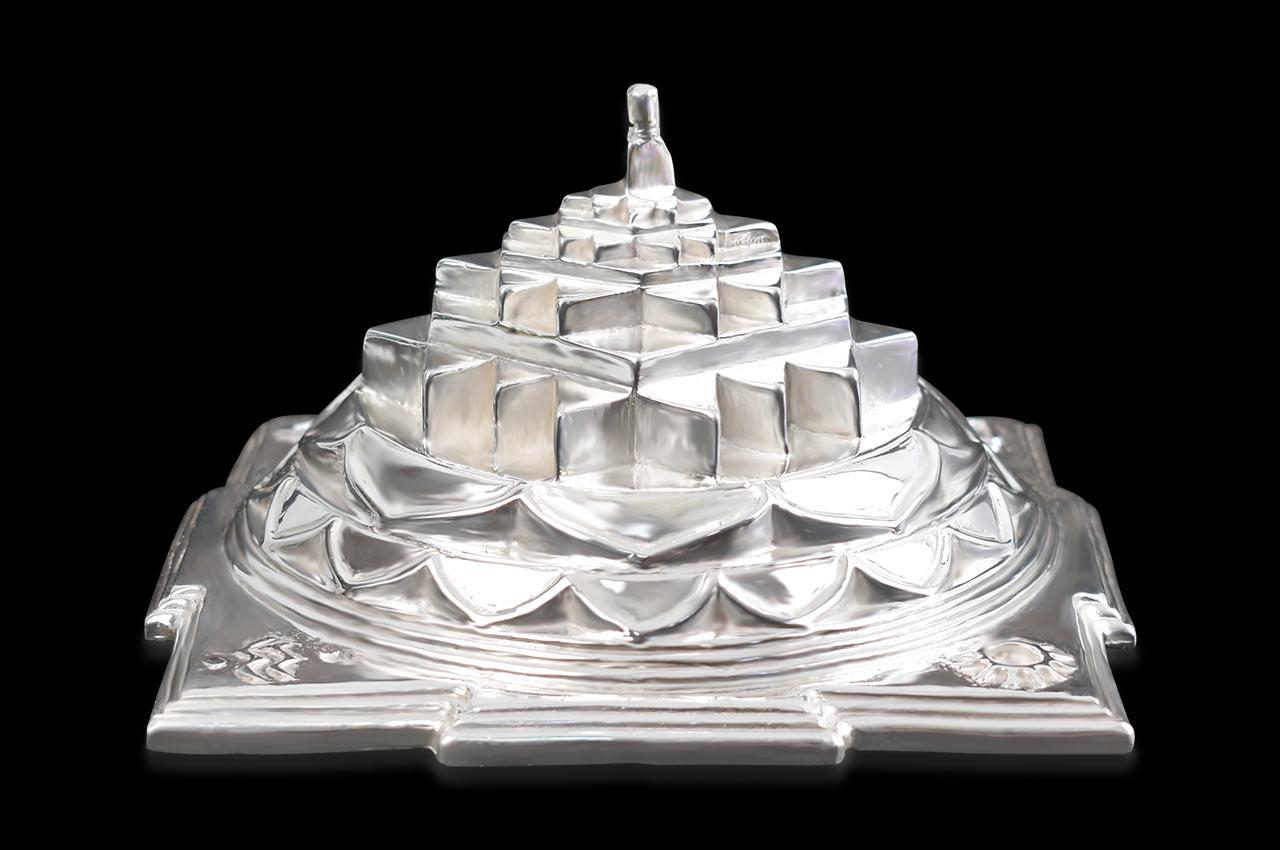 Shree Yantra Maha Meru in Silver (Devipuram)