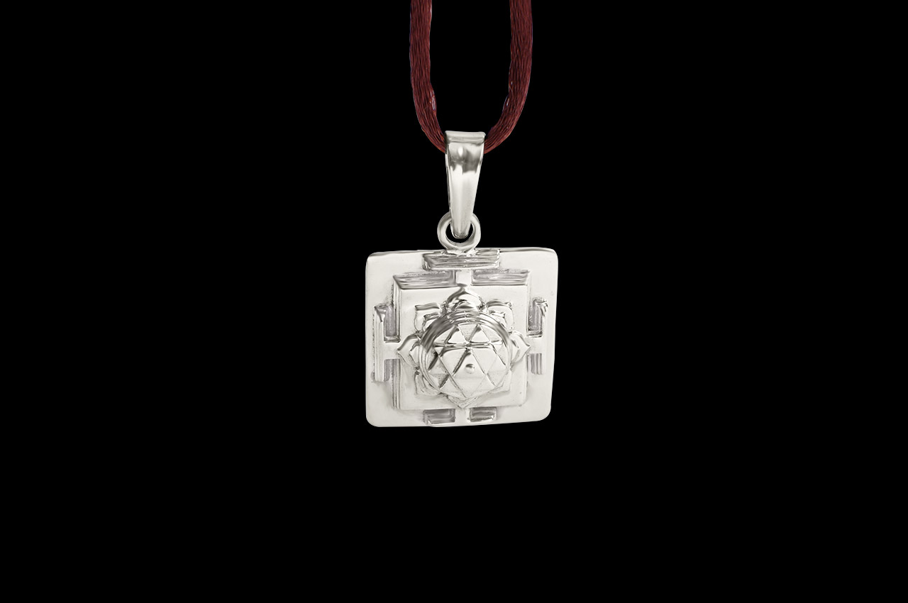 Durga Yantra Locket in Silver - 3D