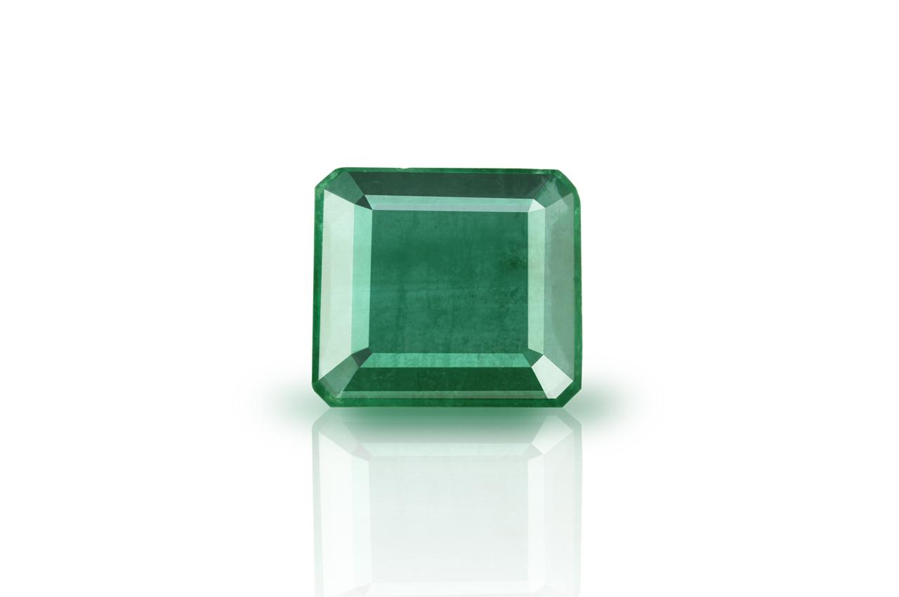 Emerald 8.20 carats Zambian
