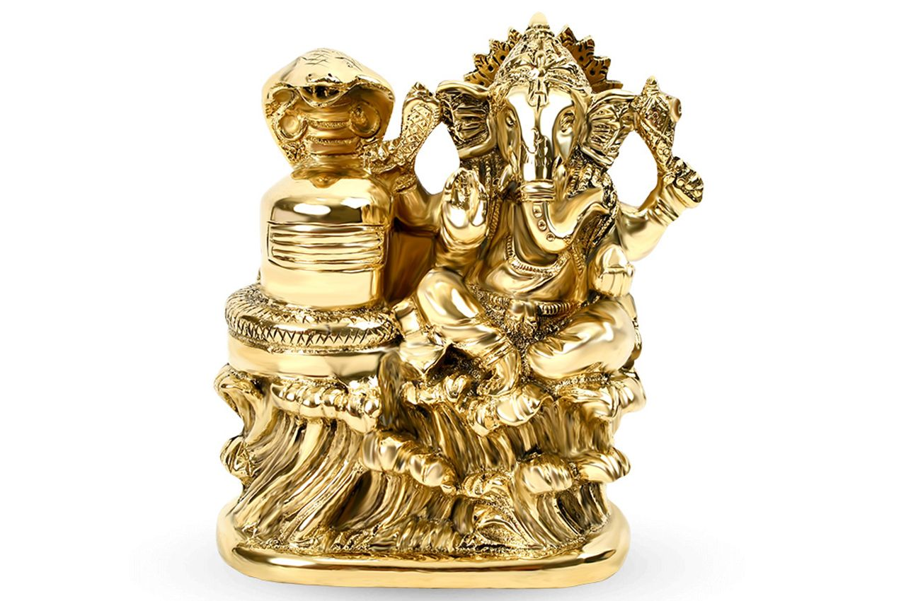 Ganesha with Shivlingam